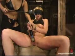 Beginner enjoys pussy whipping, clothes pins and more!