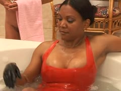 Goddess Sonya Bath Slaves