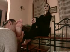 Balkan Mistress is pleased with her foot slave