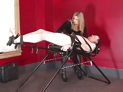 Mistress Elektra Skye giving punishment