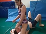 Mixed wrestling and hard smothering