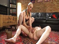 New slave has arrived for Lorelie Lee